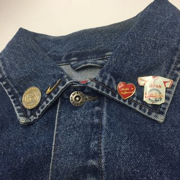 Vintage Pins & Buttons