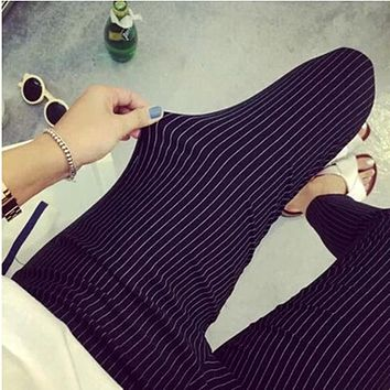 Spring Plus Size Slim Capris Black White Stripe Leggings for women Trousers Plus Size Women Pants 2017 Women Summer Pants