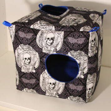 Ferret Cube Hanging Chinchilla House Rat Hammock Degu Cage Accessories Guinea Pig Pet Supplies Hedgehog Box House Black Gothic Skull Fleece