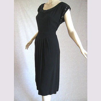 Vintage 40s Dress Black Crepe w Sequins Cocktail Party Dress 40 Bust
