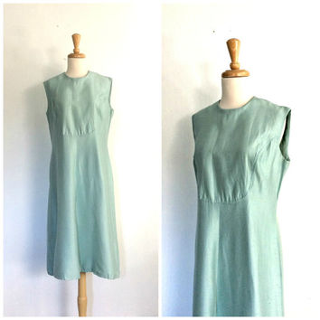 1960s Shift Dress - silk dress - powder blue -  party dress - sheath - sleeveless - knee length - Large