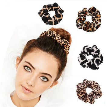 1Pcs Classic simple Smooth Animal Velvet hair Scrunchies Leopard Print Houndstooth patterns winter hairbands accessory