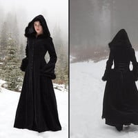 Anastasia Coat - Hooded velvet coat with fur trim
