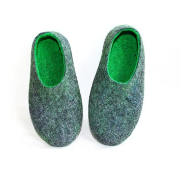 Mens Wool Felted Slippers Grey Green Rubber Soled