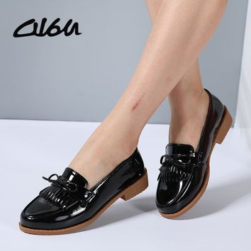 O16U Women Shallow Loafers Flats shoes Patent Leather Fringe Tassel Knot Ballet Shoes Women Casual Shoes Boat Cow Muscle 2018