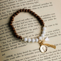 Queen Elizabeth Bracelet in Brown and White