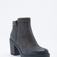 Vagabond Grace Padded Ankle Boots in Grey - Urban Outfitters