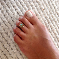 Brass Toe Ring - Adjusable Brass Ring - Plain Toe Ring - Foot Accessories - Spiral Toe Ring - Band Toe Ring - Toering