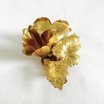 Large, Three Dimensional, Art Nouveau Flowers and Leaves Fur Clip, Vintage Brass Fur Clip, Dress Clip