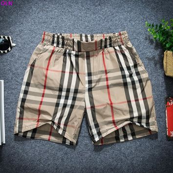 2017 men's beach shorts Summer leisure squares breathable shorts