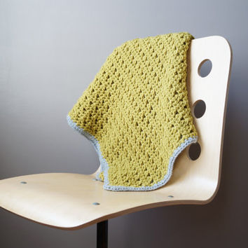 Modern Afghan / Crochet Throw Blanket / Baby Blanket / Green Throw / Grey Wool / Modern Home Décor / Modern Knit / Retro Color / Couch Throw