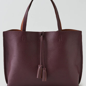 Street Level Tassel Reversible Tote , Burgundy