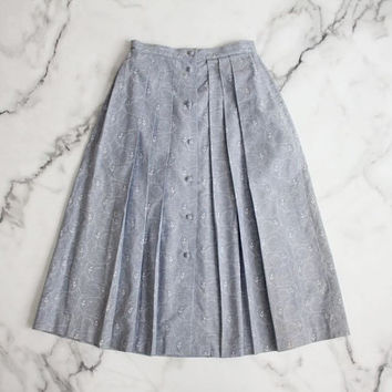 chambray skirt / floral skirt / pleated skirt