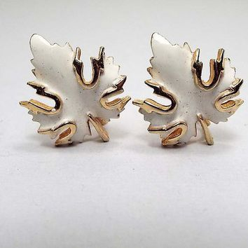 Vintage Clip on Earrings, White Enameled Gold Tone, Leaf Earrings, Retro 1970s 1970s, Fall Jewelry