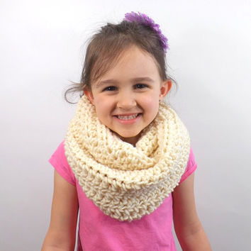 Crochet Kids Textured Infinity Scarf /FISHERMAN/, Unisex Children Infinity Scarf, Gift Idea