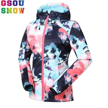 GSOU SNOW outdoor women's Soft shell Waterproof windproof keep warm Breathable Jacket Windbreaker Hunting Cycling Skiing coat