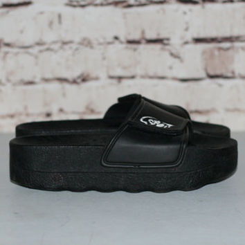 90s Slip On Sandals US 8 One Strap Maga Platform Chunky Punk Hipster Gothic Pastel NU Goth Shoes Club Kid Minimalist Espirt Black