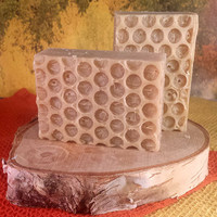 Natural Soap Moisturizing handcrafted - Oatmeal, Milk & Honey with honey, oatmeal and goat milk