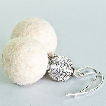 White Felt Earrings, Creamy White Felted Earrings, Felt Jewelry, Handmade Jewelry, Winter Earrings, Chunky Earrings, Christmas Gift