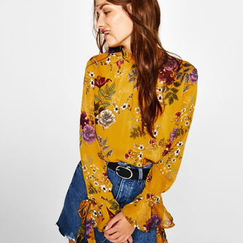 Floral print blouse - New - Bershka United Kingdom