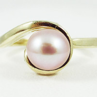 Swirly Pink Pearl Ring 14k Yellow Gold, June Birthstone Ring, Freshwater Pearl Ring, Natural Pink Pearl Ring, Solid 14 Karat Gold Ring