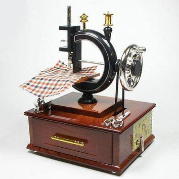 Exquisite Creative Sewing Machine Shape Music Box