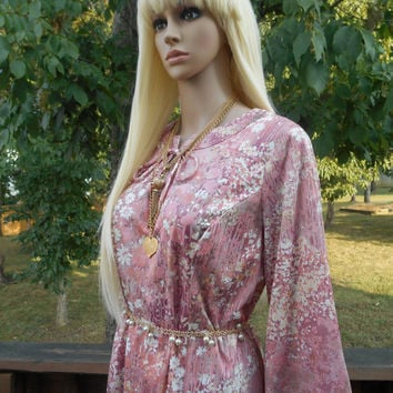 Pretty, Long Sleeve, Shift, Loose Fitting, Zippered Back, Ties in Front, Salmon-Pink Flower Print Dress - 70s Vintage Dress, Size Not Stated