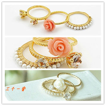 Stylish Accessory Korean Vintage Floral Pearls Ring Set [4918838852]