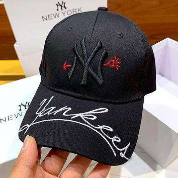 MLB 2019 new heart embroidery letters wild personality baseball cap Black