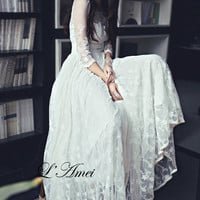 Elegant white lace and tulle gown, Long wedding dress