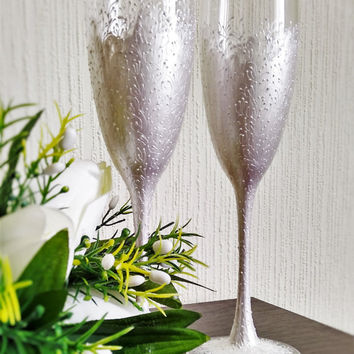 Wedding silver glasses Champagne flutes white wedding toasting glasses white Flutes pearl wedding toasting flutes Set of2 white pearl flutes
