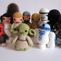 Star wars inspired amigurumi. 12 crocheted  star wars characters. Star Wars Softy. Star wars plush.