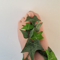 Ivy Leaf Ankle and Foot Wrap, Barefoot Sandal, Ivy Vine, Ivy Costume, Poison Ivy Costume, Fairy Costume Accessory, Cosplay Costume Accessory