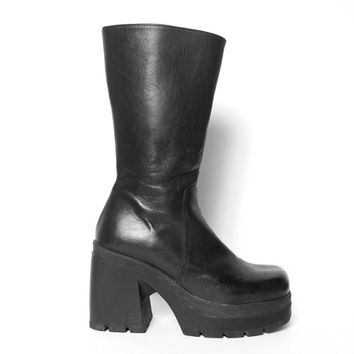 90s Chunky Boot // Leather Chunky Boot // Chunky Treaded Boot // Cyber Goth Boot // Grunge Boot // Platform Boot // Chunky Heel Boot