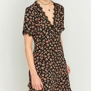 Pins & Needles V-Neck Floral Black Lace Dress - Urban Outfitters