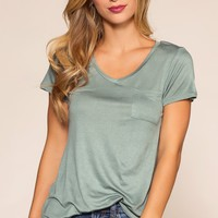 Kaylee Basic Top - Sage