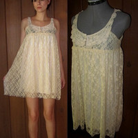 VINTAGE /// Lace Ivory & White Nightgown