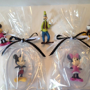 MICKEY Mouse - MINNIE Mouse Inspired Glycerin Soap Bar with Collectible Toy Inside, Packaged in Plastic Soap Dish