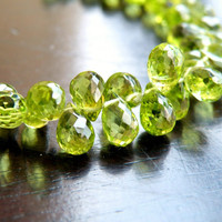 Sale Peridot Briolette Faceted 3-D Tear Drop Green Gemstone Briolette 8.5 mm 22 beads