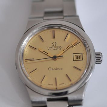 Vintage Omega Geneve with Date Manual Automatic caliber 1012 watch