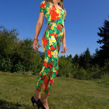 Early 1990's BENETTON 2 Piece Outfit -  Cotton Floral High Waisted Pants & Crop Top - Hawaiian Set Lounge Wear - 90's Crop Top Set - Beyonce