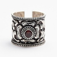 Ahreum La Couture Womens Floral Etched Stone Ring - Silver One