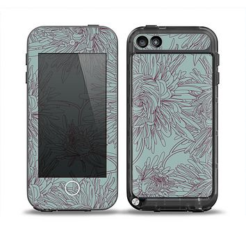 The Teal Aster Flower Lined Skin for the iPod Touch 5th Generation frē LifeProof Case