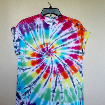 Rainbow and Black Spiral Adult Unisex Medium Tie Dye Shirt; Custom Dyed Multicolor Shirt Top
