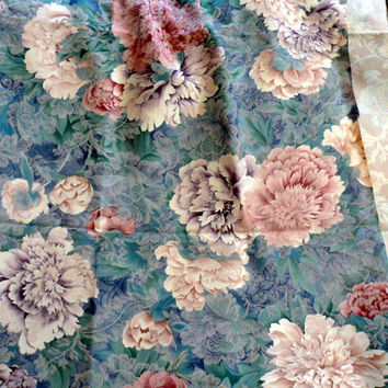 VINTAGE FLORAL BROCADE Home Decorating Fabric/Upholstery/Home Decor/Rich N Luxurious Large Floral Printed Brocade/4 Crafting/4 Sewing