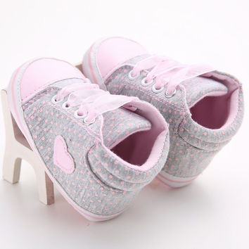 Lovely Baby Sneakers Newborn Baby Crib Shoes Girls Toddler Laces Soft Sole Shoes