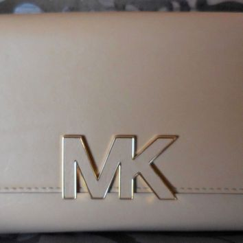 MICHAEL KORS ~FLORENCE Large Billfold LEATHER Clutch Wallet ~CAMEL~TAN~ NWT $168