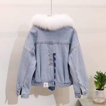 Trendy 2018 Autumn Winter Denim Jacket Woman New Back Fork Chic Real Natural Fox Fur Collar Warm Cotton-padded Short Denim Jackets AT_94_13