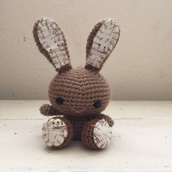Amigurumi bunny, crochet bunny, brown bunny, bunny tail, rabbit doll, amigurumi animal, crochet amigurumi, ready to ship, handmade, kawaii