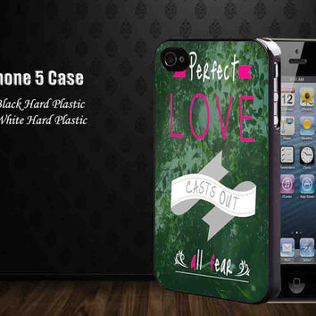 Fear no In Love Pink ,Iphone 5 case,iphone 4,4S,samsung galaxy s2,s3,s4 cases, accesories case,cell phone
